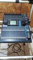 Console Yamaha 01v96