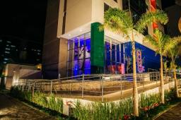 Apartamento novo montado 2/4 suíte no Brisamar com area de lazer e fachada top