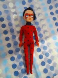 Vendo essa boneca  60reais