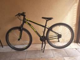Bicicleta Caloi velox aro 29 + pastilhas de freio trocadas a poucos dias e pedal novo