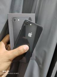 iPhone 8 64GB - TROCO EM CELULAR
