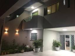 Linda casa alto padrão de 03 suites, armarios,climatiz. no Sakura, Pq. 10