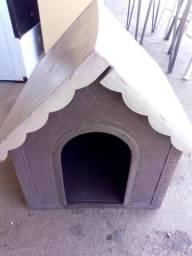 Casinha de cachorro Pequena.