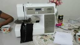 Vendo máquina de costura nova