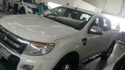 Ford Ranger 3.2 XLT automática - 2013