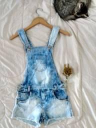 Jardineira jeans customizada