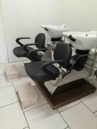 Salão de cabelereiros completíssimo
