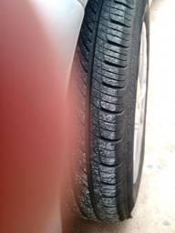 Troco aro 15 por aro 13 com pneus bons  com volta mínima