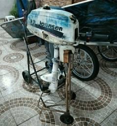 3.3 hp jonhson BATEU-PEGOU