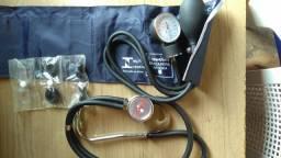 Estetoscópio+ esfigmomanômetro