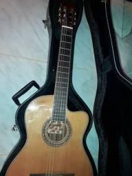 Troco violão Top de linha em som