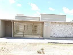 Aluga-se casa - Cidade de Goiás (Não está situada em Goiânia)