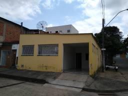 Casa próxima a Linha verde - Bairro: José Rodrigues Maciel