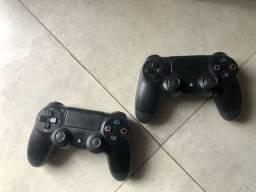 PS4 PRO + 2 Controles