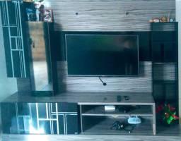 Painel rack estante pra tv em ótimo Estado