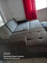 Sofá  reclinável e mesa de centro