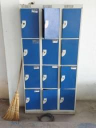 Armário de ferro 12 portas