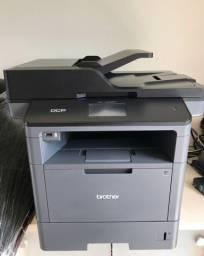 Impressora Multifuncional Brother DCP-5652dn semi-nova