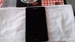 Vendo Tablet 8G de memória