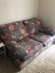 Sofa com cama interna