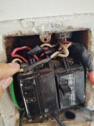 Eletricista, serviços de eletricista em geral.