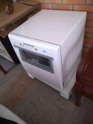 Máquina de lavar louças Brastemp 8 serviços