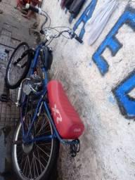Bike motorizada toda boa