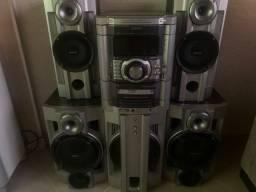 Som de 5 caixas com subwoofer - Sony - Com toca fitas cd e MP3 Potente