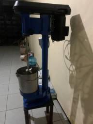 Máquina para refino de açaí WEG