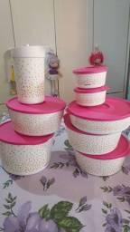Jogo da Tupperware cor Branca com rosa