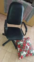Sofá cadeira giratória em perfeito estado