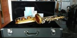 Vendo sax alto Yamaha yas 26