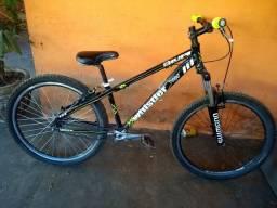 Bike hupi whistler aro 26 ? 450,00