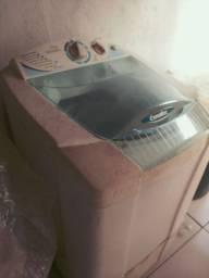 Máquina Esmaltec