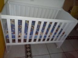 Berço com colchão, carrinho e bebê conforto unissex