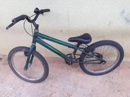 Bicicleta infantil usadaa mais Boa