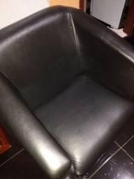 Cadeira preta/ferradura