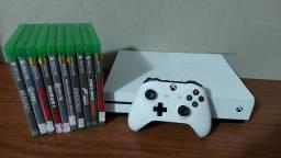 Xbox One S 1TB Semi novo com garantia - Aceitamos PS3 como parte de pagamento