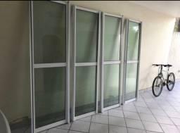 Portas de vidro verde barato urgente