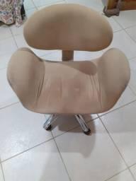 Cadeira giratória de escritório confortável