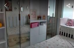 Casa mobiliada em condomínio