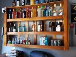 Expositor de bebidas ( madeira )