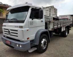 Caminhão 13-180
