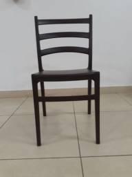 Vendo cadeiras tramontina de polipropileno - semi novas