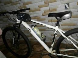 Bike aro 29 em perfeito estado