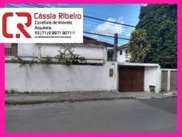 Título do anúncio: Excelente casa em Itapoã à venda. 4 suítes com closet. 277 m²