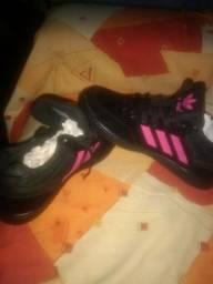 Tênis Adidas N° 37