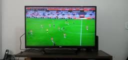 """TV LG 42"""" 42LM6400 Smart - Ótimo Estado"""