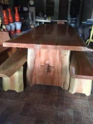Mesas/móveis rústicos
