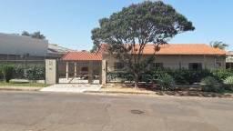 Casa Térrea com 236 m² - Carandá Bosque - Campo Grande/MS